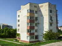Sochi, st Kommunal'nikov, house 19. Apartment house