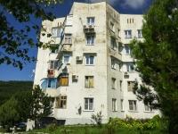 Сочи, улица Коммунальников (п. Лазаревское), дом 41. многоквартирный дом