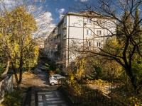 Сочи, улица Изумрудная (Лазаревское), дом 11. многоквартирный дом