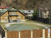 Сочи, улица Березовая (Красная Поляна), дом 73. индивидуальный дом