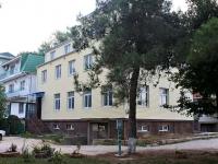 Анапа, 12 микрорайон, дом 6. многофункциональное здание