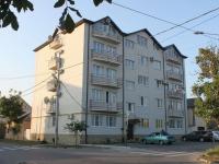 Анапа, улица Толстого, дом 58. многоквартирный дом