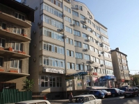 Anapa, Terskaya st, house 84. Apartment house with a store on the ground-floor
