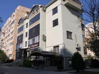 Анапа, улица Лермонтова, дом 119А. многофункциональное здание