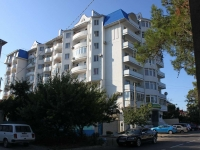 Anapa, Samburov st, house 158. Apartment house