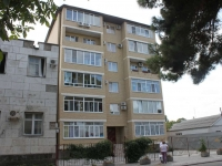 Anapa, Samburov st, house 252. Apartment house
