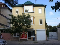 Anapa, Samburov st, house 281. Apartment house with a store on the ground-floor