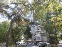 Анапа, улица Черноморская, дом 13. многоквартирный дом