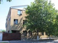 Анапа, улица Черноморская, дом 49. многоквартирный дом