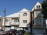 Anapa, Kirov st, house 15. Apartment house