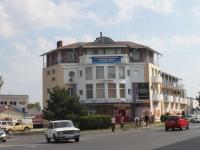 Анапа, улица Заводская, дом 28Б. многофункциональное здание