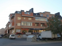 Anapa, Ob'ezdnaya st, house 27А. Apartment house with a store on the ground-floor