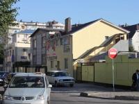 Anapa, st Proletarskaya, house 17. multi-purpose building