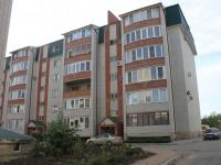 Yeisk, Krasnaya st, house 57А. Apartment house