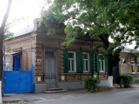 Yeisk, Sovetov st, house 118. Private house