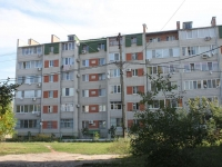 Yeisk, st Pionerskaya, house 2А. Apartment house