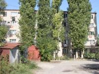 叶伊斯克, Pionerskaya st, 房屋 8. 公寓楼