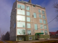 Приморско-Ахтарск, улица Бульварная, дом 74. многоквартирный дом