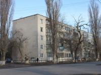 Primorsko-Akhtarsk, st Komissar Shevchenko, house 119. Apartment house