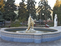 Temryuk, fountain Трио дельфиновStepan Razin st, fountain Трио дельфинов