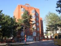 Темрюк, улица Ленина, дом 38А. многоквартирный дом