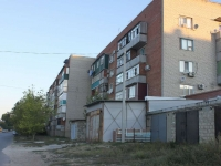 Temryuk, Oktyabrskaya st, house 169. Apartment house