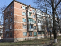 Timashevsk, Industrialny district, house 6. Apartment house