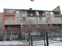 Timashevsk, Sadovod district, house 15. Apartment house