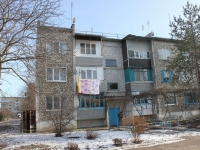Timashevsk, Sakharny zavod district, house 43. Apartment house
