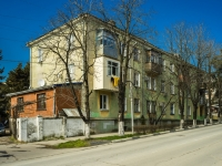 Tuapse, Marshal Zhukov st, house 33. Apartment house