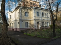 Tuapse, Poletaev st, house 19. Apartment house