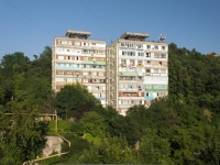 Tuapse, Zvezdnaya st, house 36. Apartment house