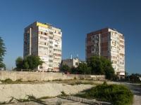 Tuapse, Zvezdnaya st, house 45. Apartment house