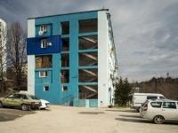 Tuapse, Zvezdnaya st, house 34. Apartment house