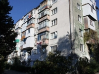 Tuapse, Kerchenskaya st, house 17. Apartment house