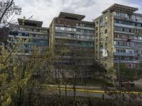 Туапсе, Новороссийское шоссе, дом 1. многоквартирный дом
