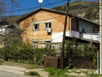 Tuapse, Kievsaya st, house 10. Apartment house