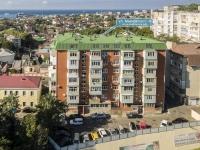 Tuapse, Mayakovsky st, house 4. Apartment house
