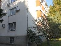 Туапсе, улица Новицкого, дом 15. многоквартирный дом