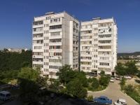 Туапсе, улица Адмирала Макарова, дом 35. многоквартирный дом