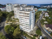 Tuapse, st Govorov, house 51. Apartment house