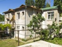 Tuapse, Pushkin st, house 4. Apartment house
