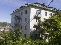Туапсе, улица Пушкина, дом 41. многоквартирный дом
