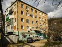Туапсе, Пролетарский переулок, дом 1. многоквартирный дом