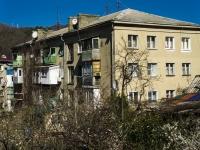 Туапсе, улица Воровского, дом 4. многоквартирный дом