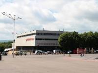 Ессентуки, улица Кисловодская, дом 1. торговый центр