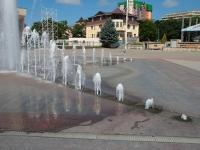 Ессентуки, улица Кисловодская, фонтан