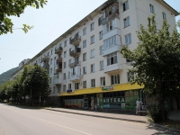 Zheleznovodsk, st Oktyabrskaya, house 3. Apartment house