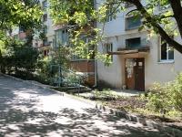 Zheleznovodsk, st Oktyabrskaya, house 57А. Apartment house