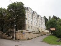 Кисловодск, улица Герцена, дом 8. санаторий Красный октябрь